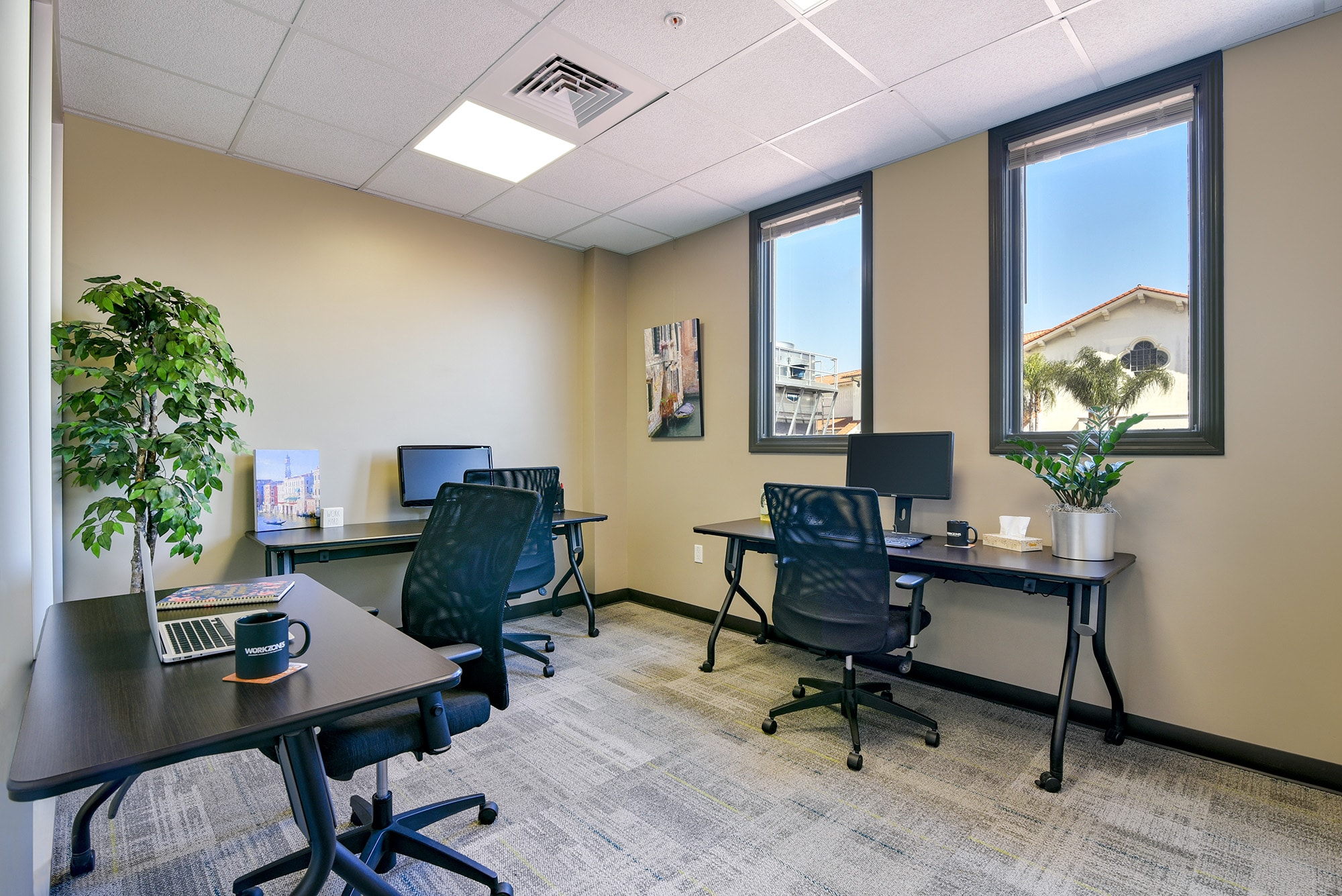 Gold Office at Workzones